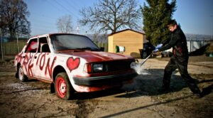 demolice aut rozlucka se svobodou v praze