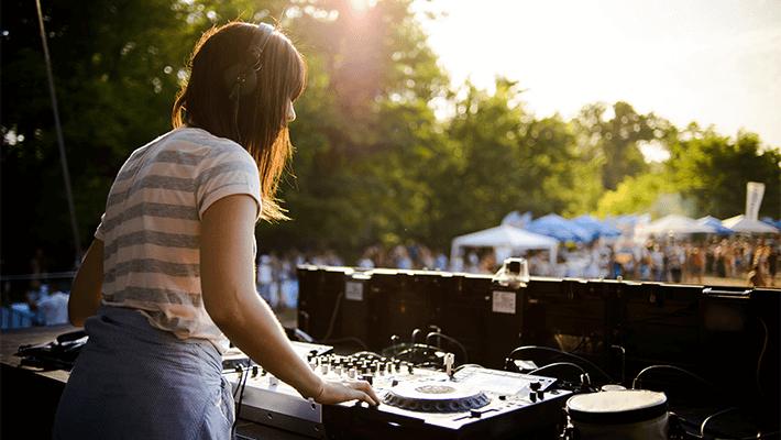 DJ / Kapela